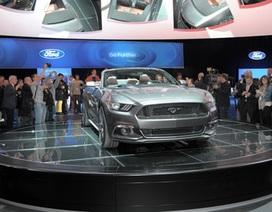 Ford chính thức ra mắt chiếc Mustang 2015